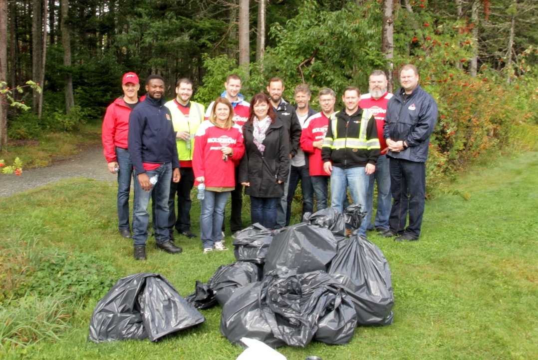 MolsonCoors cleanup event at Kent's Pond